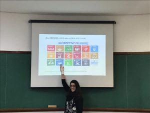 Prof. Gabriela Marques di Giulio no primeiro encontro promovido pelo núcleo Sustentarea. Foto: Sustentarea/Divulgação.